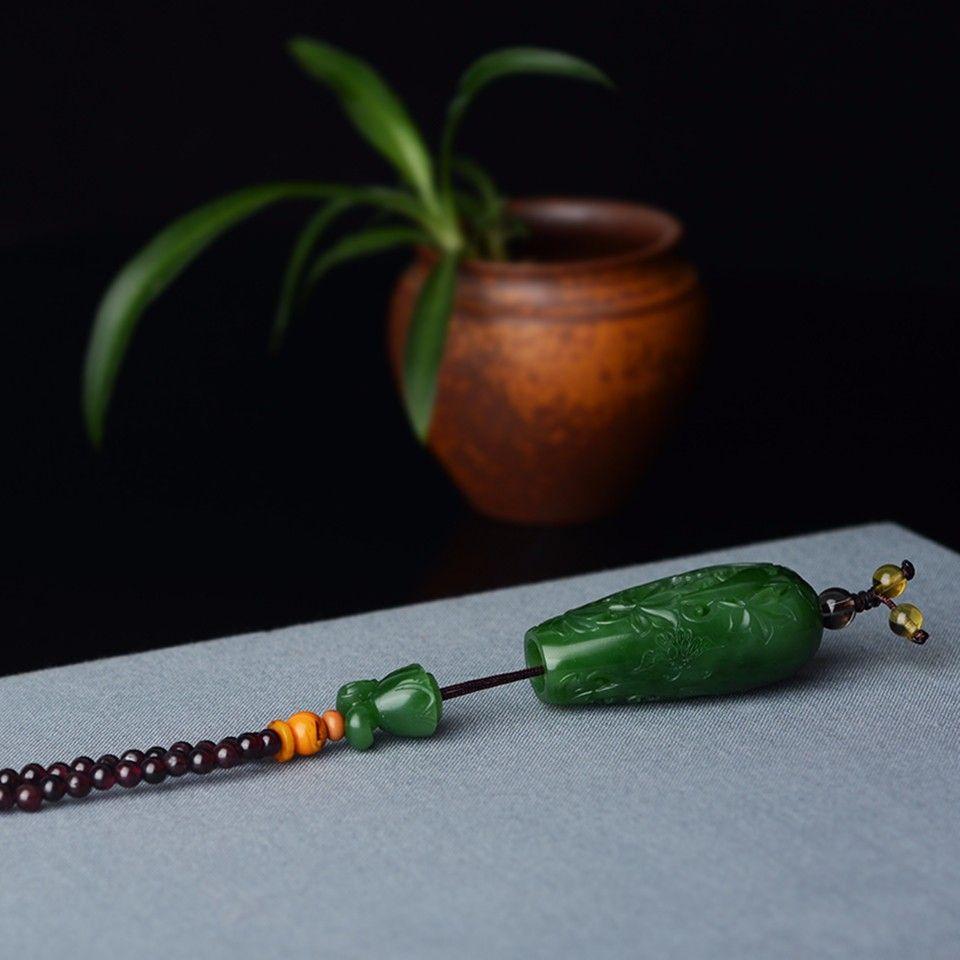 和田玉玉雕 瓜瓞绵绵 ・ 香囊